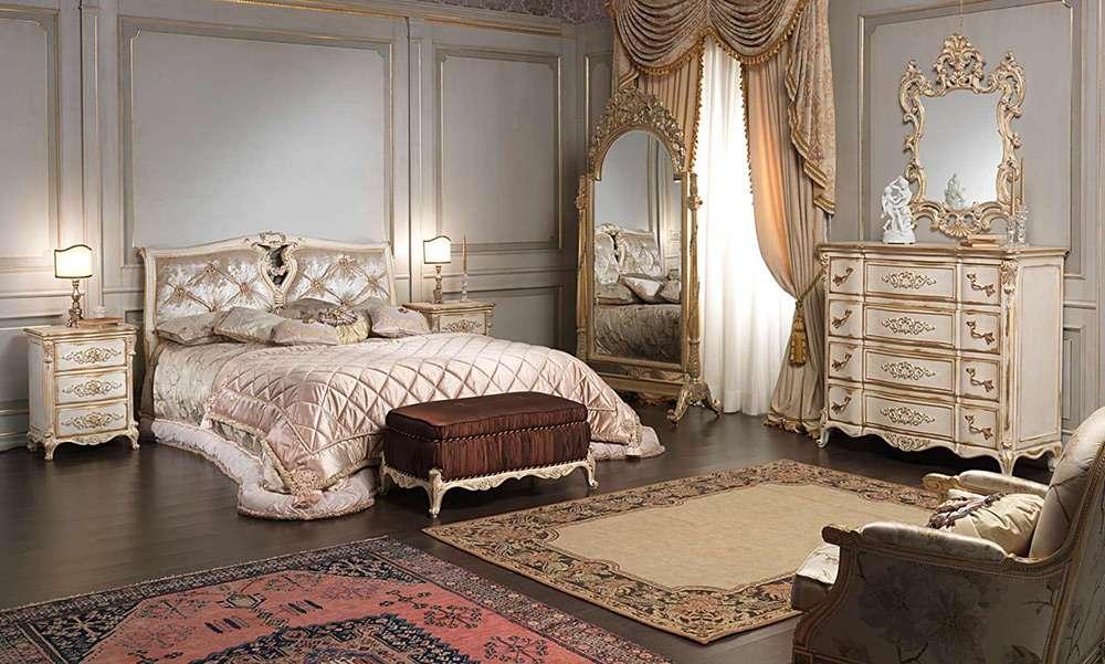 Красивая спальня во французском стиле
