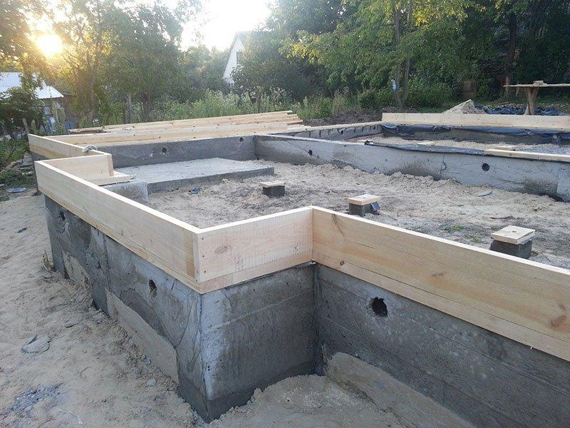 Фундамент для дома на слабом грунте