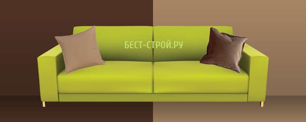 Сочетание зеленого дивана с оттенками коричневого