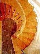 Криволинейная поворотная лестница