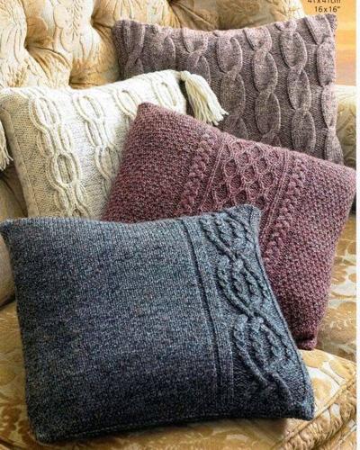 Декоративные подушки на диван