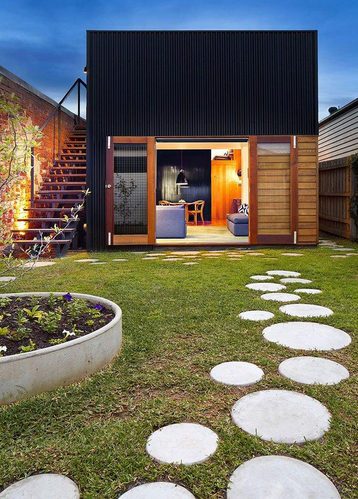 Идея для дорожек на даче из бетона фото 1