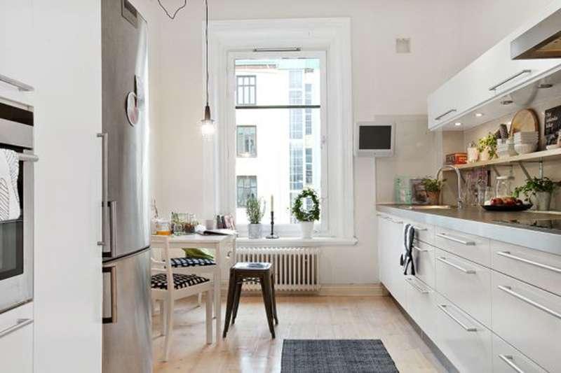Функциональность даже на маленькой кухне - требование скандинавского стиля