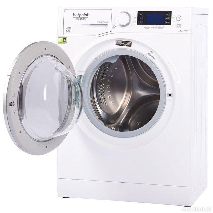 Hotpoint Ariston RSPD 723 D - 5 место в рейтинге лучших стиральных машин с вертикальной загрузкой