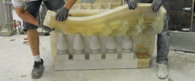 Литьевые полиуретановые формы в производстве искусственного декоративного камня