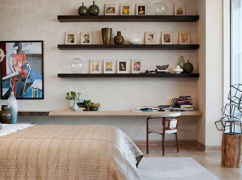 Интересные настенные полки в современом интерьере спальни