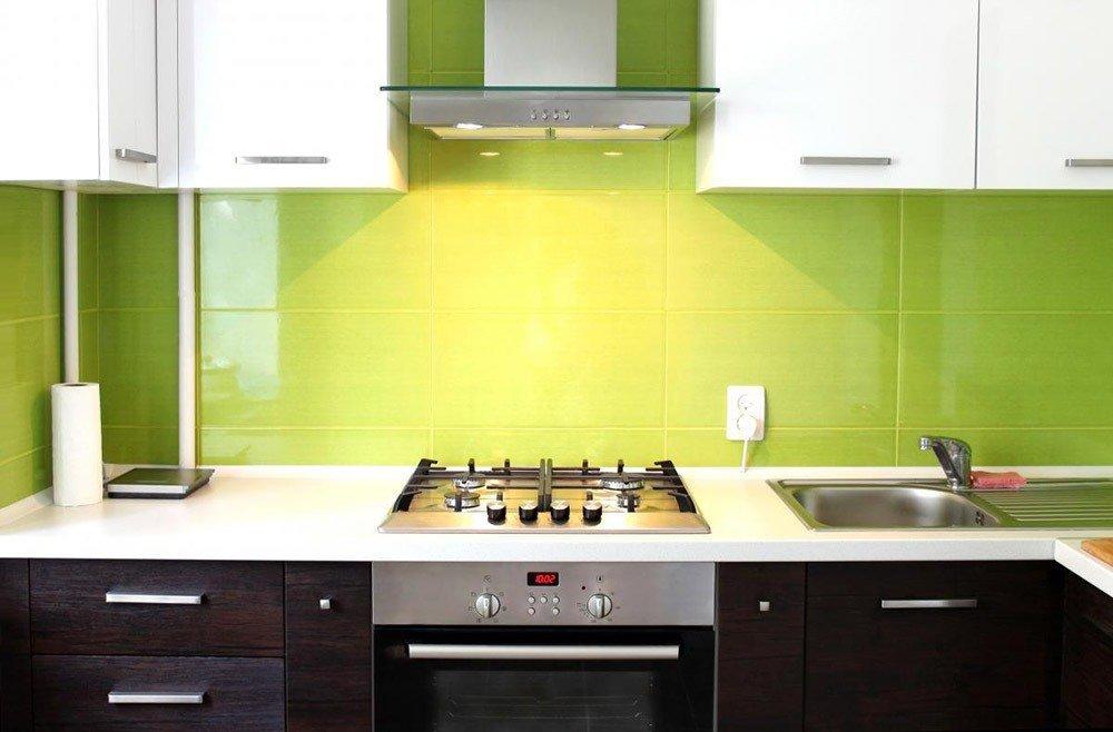 Сочетания зеленого цвета в интерьере кухни фото 6