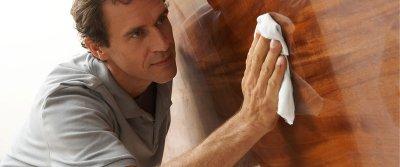 Как правильно ухаживать за деревянной мебелью?