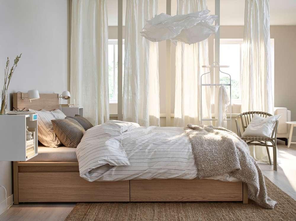 Много воздуха - фишка стиля минимализм в интерьере спальни