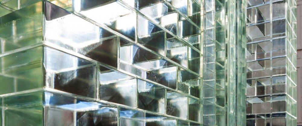 Стеклянные кирпичи, стеклоблоки, стеклянные стены