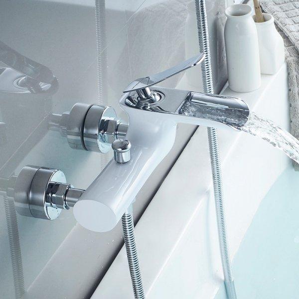 Стильный смеситель для ванны и душа WANFAN (2 цвета)
