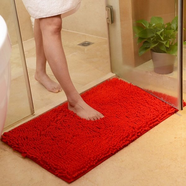 Нескользящий коврик для ванной от CHANGBVSS (2 размера, 11 цветов)