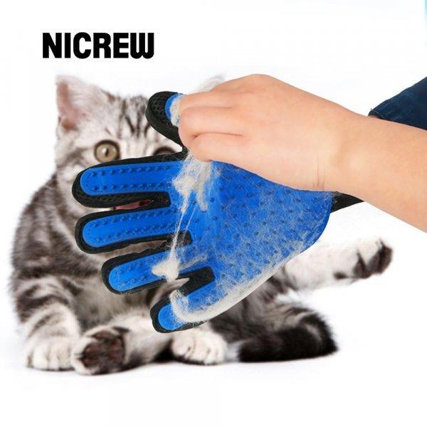 Рукавичка-щетка для питомца от NICREW (1 шт)