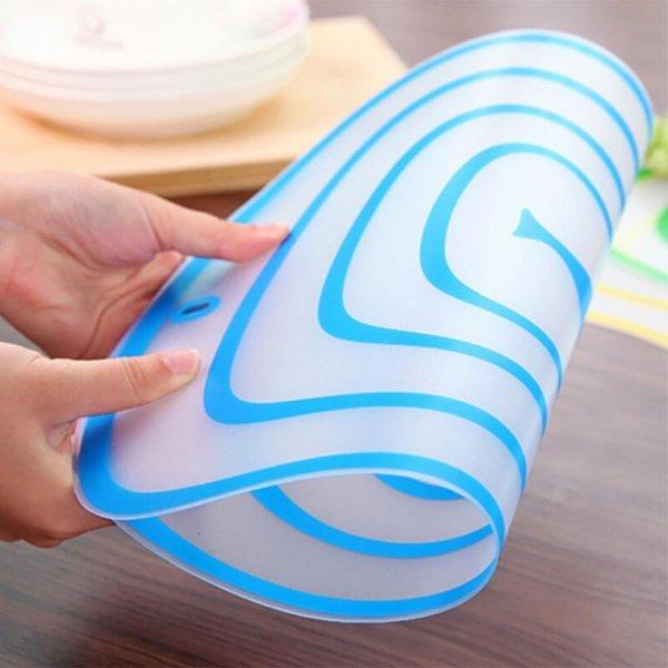 Разделочный коврик из силикона MUQGEW (3 размера, 4 цвета)