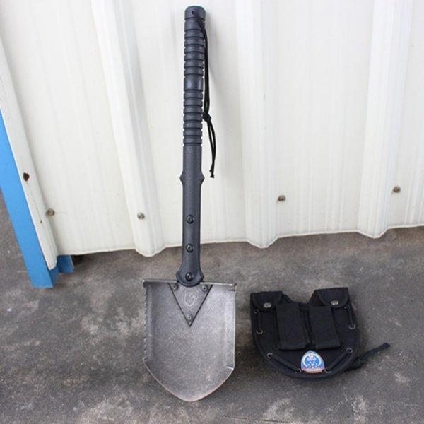 Компактная лопата CHACHEKA с чехлом подойдет для всего (сталь, 13.6*52 см)