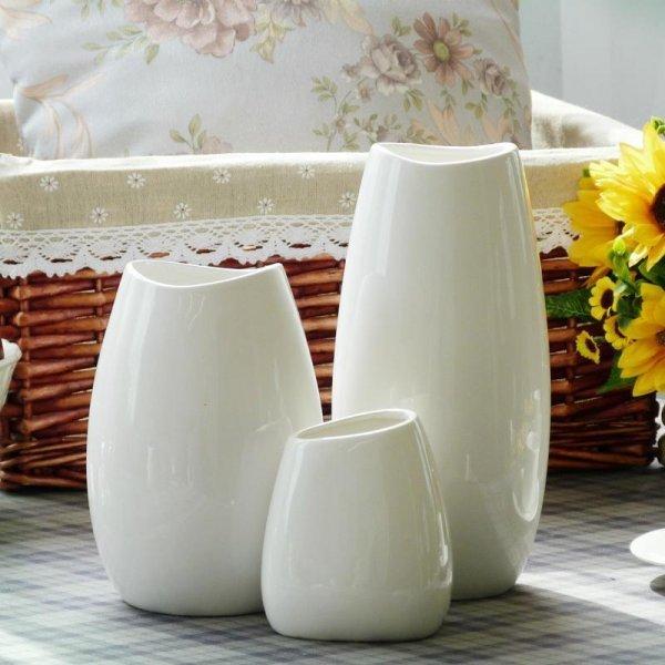Минималистичная ваза (4 вида, 1 шт)
